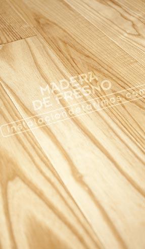 foto de suelo de tarima de madera de fresno americano