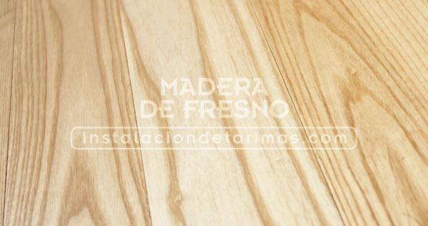 foto de suelo de madera de fresno