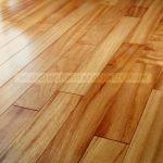 La madera en el suelo radiante