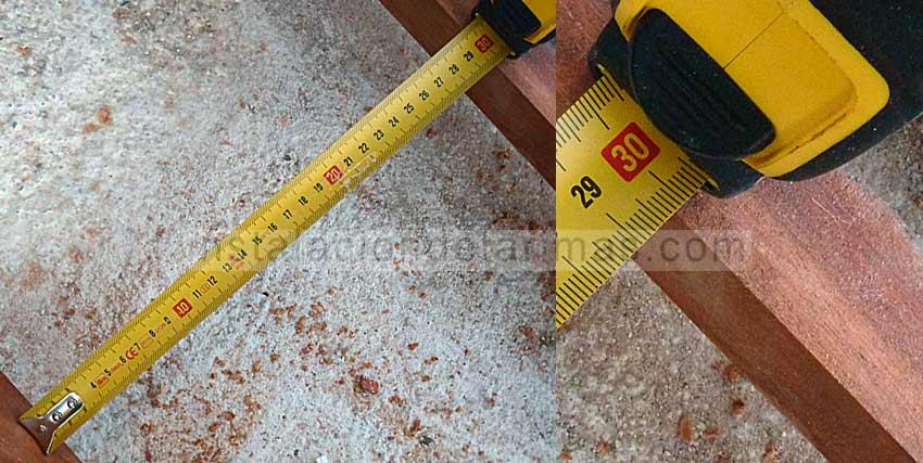 foto donde se indica que la distancia entre rastreles son 30 cm